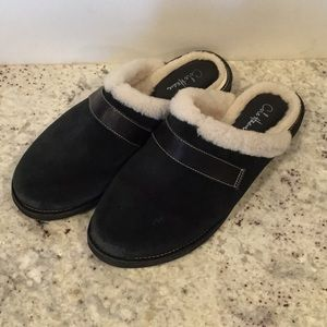 Cole Hann waterproof mule / slippers